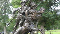 he North Carolina monument is southwest of Gettysburg on West Confederate Avenue